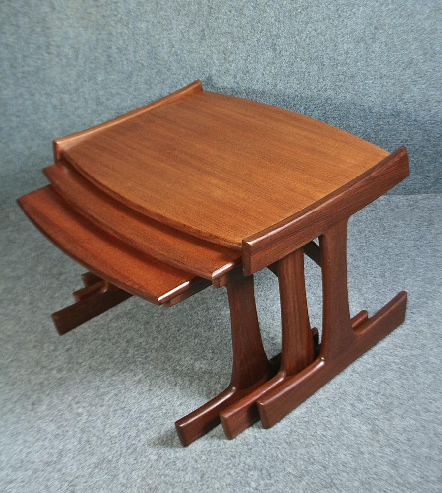 G Plan Vintage Coffee Tables: Nest Of Vintage 1960's Teak GPlan Coffee Tables